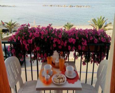 Casa VacanzeAppartamento a 15 passi dal mare
