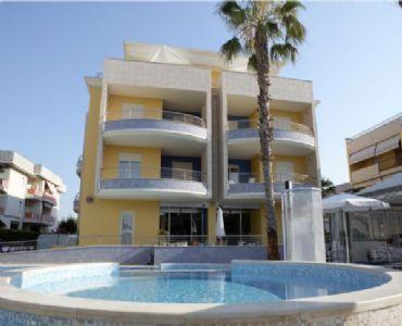 Casa VacanzeEstate a Villa Rosa - a 350 metri dal mare