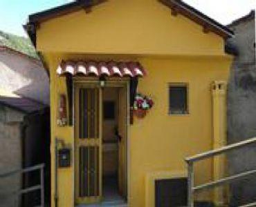 Casa VacanzeCasa Vacanze Margherita Sasso di Castalda-Basilicata