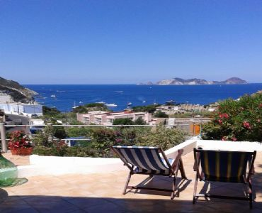 Casa VacanzePonza Residence La Piana offre vacanze al mare