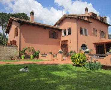 Villa VacanzeVilla a due passi dal centro di Roma