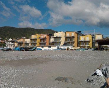 Casa VacanzeBilocale Albenga in immobile sul mare