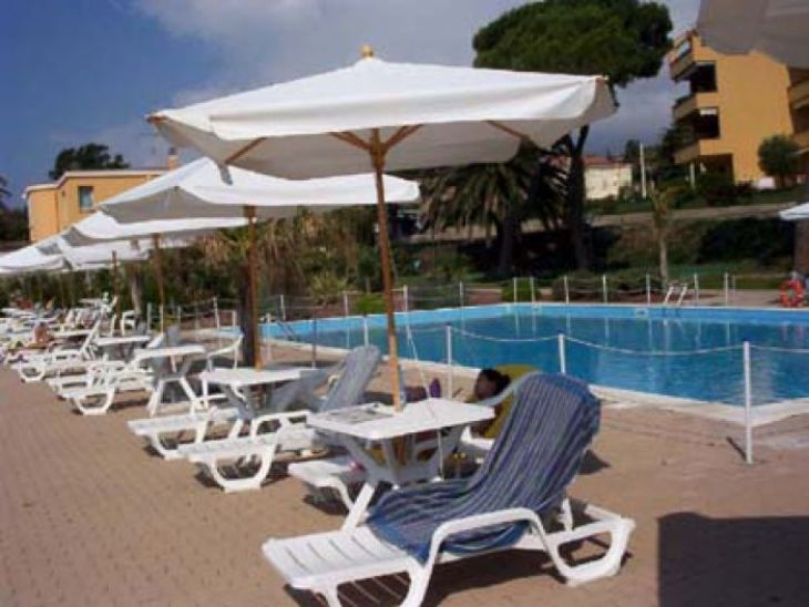 Sanremo bilocale in residence - Hotelfree.it