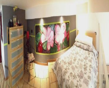 Casa VacanzeNasce a Lecco  Le petit Jolie