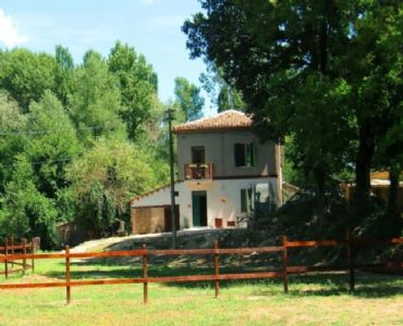 Casa VacanzeCasa vacanza a 10 km da Urbino