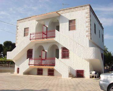 Casa VacanzeGrazioso appartamento di 75 mq. in villa