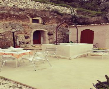 Casa VacanzeLa casetta in grotta di Vincenza