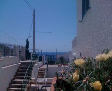 Casa VacanzeCasa vacanze a 100 metri dal mare