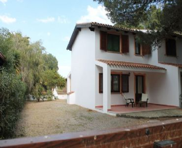 Casa VacanzeVilletta  a PortoPino  vicina al mare