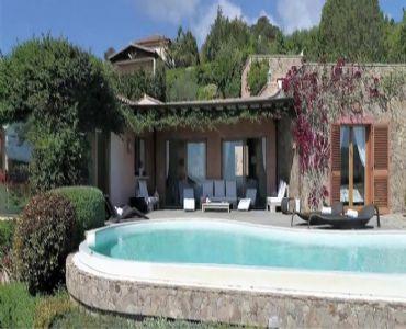 Villa VacanzeVilla di lusso con piscina vista mare