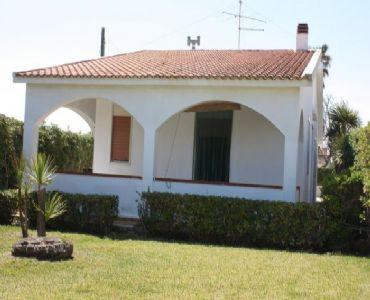 Casa VacanzeVilla a 100 mt dal mare ad Avola