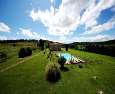 Villa VacanzeVilla panoramica di 400 mq con piscina