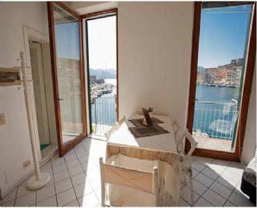 Casa VacanzeL'appartamento vista mare sulla Calata.
