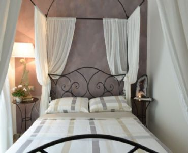 AffittacamerePIETRA RARA room and breakfast-AMETISTA