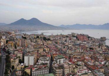 Leggi: Cosa visitare a Napoli in 2 giorni, senza morire