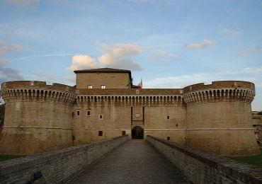 Leggi: Rocca di Senigallia, tutto quello che c'è da sapere