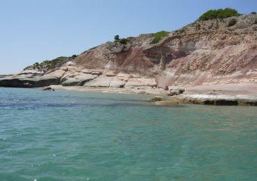 Leggi: L'Isola di San Pietro, paradiso naturale nell'arcipelago del Sulcis