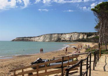 Leggi: Eraclea Minoa: La Citt� Greca in Sicilia