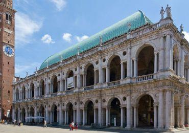 Leggi: La Basilica Palladiana il simbolo di Vicenza