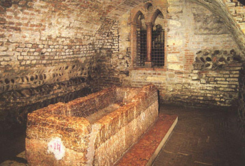 Leggi: Tomba di Giulietta