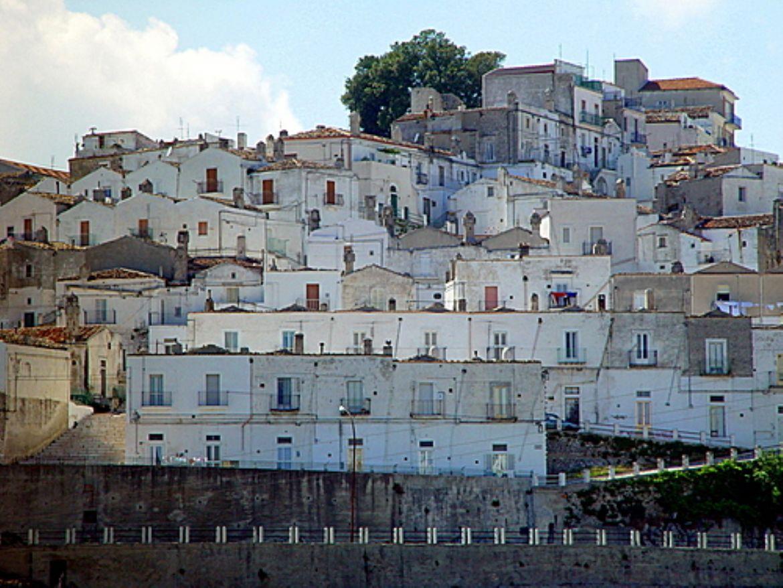 Monte Sant'Angelo: meta di pellegrinaggi da tutto il mondo