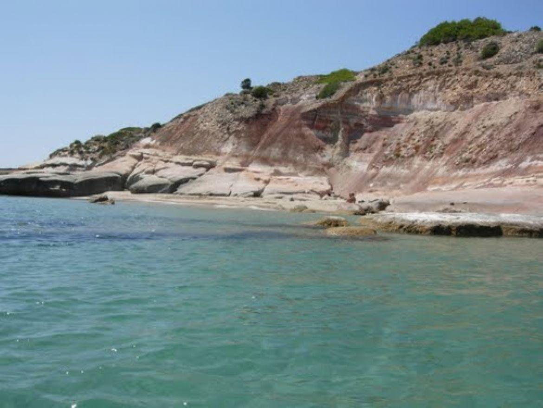 L'Isola di San Pietro, paradiso naturale nell'arcipelago del Sulcis