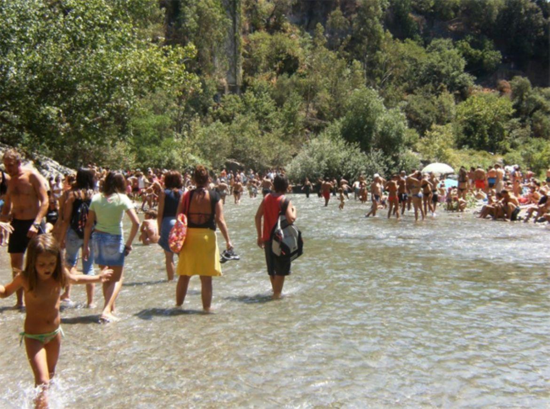 Riserva Naturale delle Gole dell'Alcantara: viaggio tra natura e storia