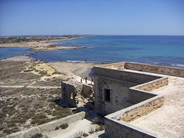 Isola Delle Correnti, il bacio tra Ionio e Mediterraneo