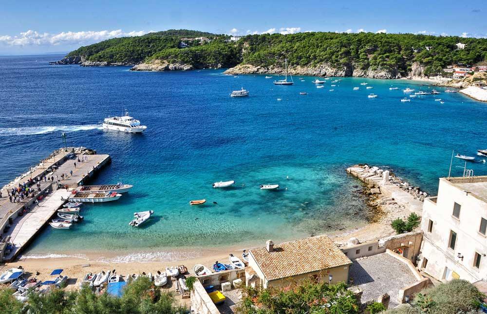 Cartina Puglia Isole Tremiti.Isole Tremiti Spiagge E Natura Le Perle Dell Adriatico Hotelfree It