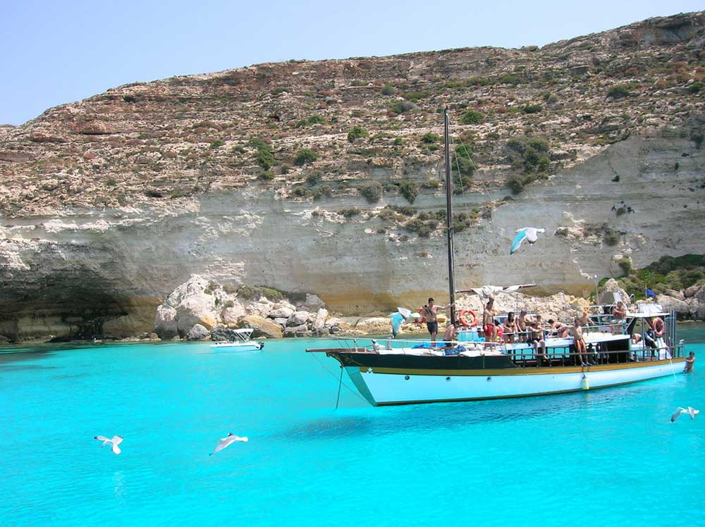 Cartina Italia Lampedusa.Spiagge Di Lampedusa 10 Foto Incredibili Hotelfree It