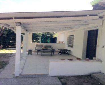 Casa VacanzeCasetta con giardino 500 mt dal mare