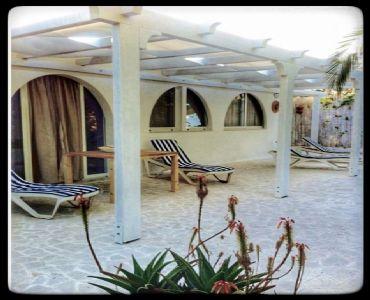 Casa VacanzeCasa vacanza a 30 mt dalla Spiaggia