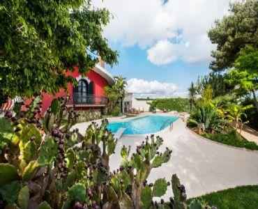 Villa VacanzeVilla Maya Resort Partita iva  02795750815