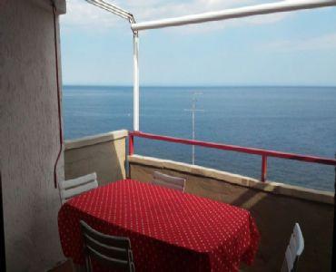 AppartamentoMonolocale panoramico a 30 metri dal mare