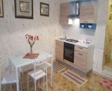 AppartamentoAffittasi grazioso bivani totalmente arredato