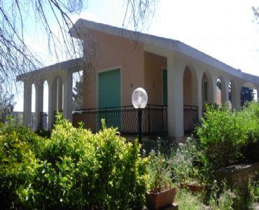 Villa VacanzeVilla in collina Mare 7 Km