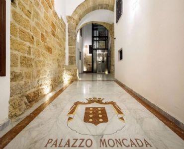 Casa VacanzeCasa Petra ai Quattro Canti-Centro di Palermo