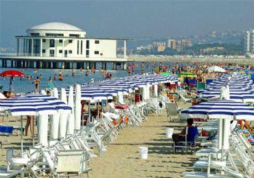 Leggi: Senigallia, Cosa Vedere oltre alla meravigliosa Spiaggia di Velluto